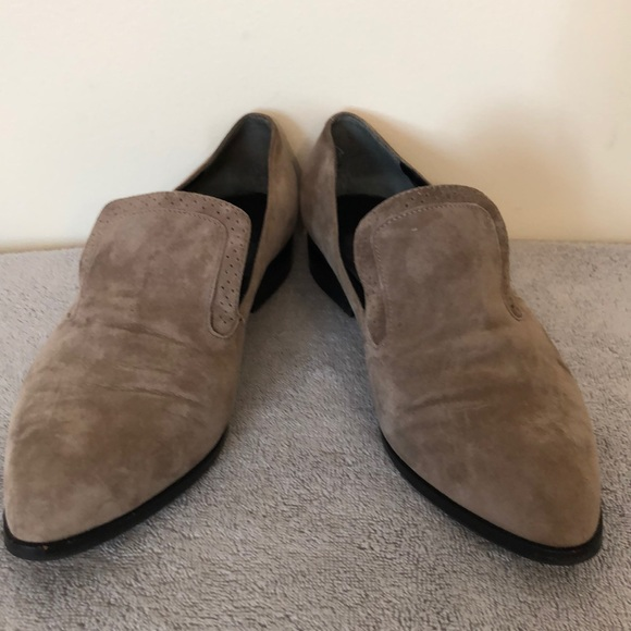 Marc Fisher Shoes - Mark Fisher size 9.5 lite brown suede loafer. EUC